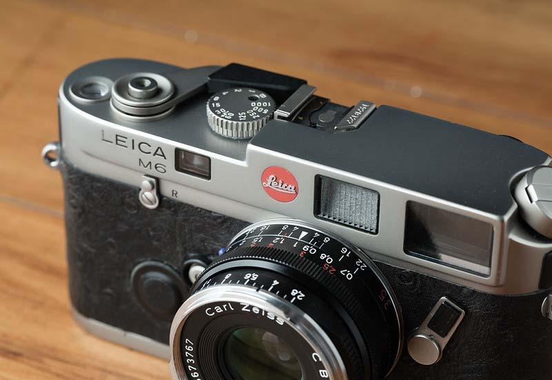 Leica M6 film street camera
