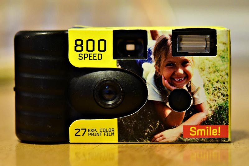 800 speed disposable camera