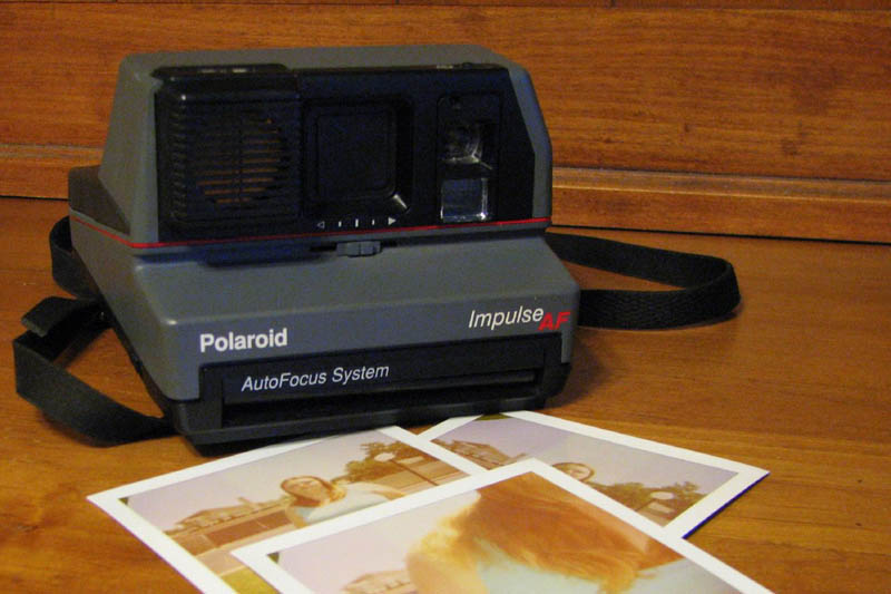 polaroid impulse instant camera